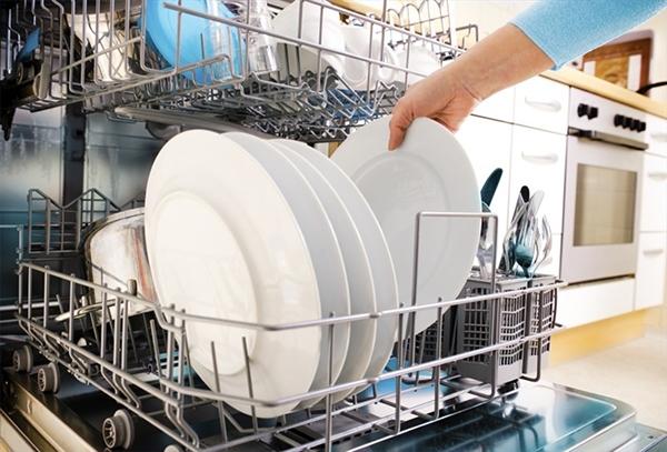 11 lỗi thường gặp khi sử dụng máy rửa chén và cách khắc phục