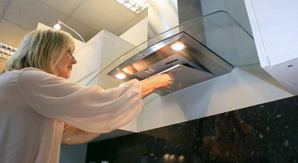 5 bước đơn giản vệ sinh máy hút mùi