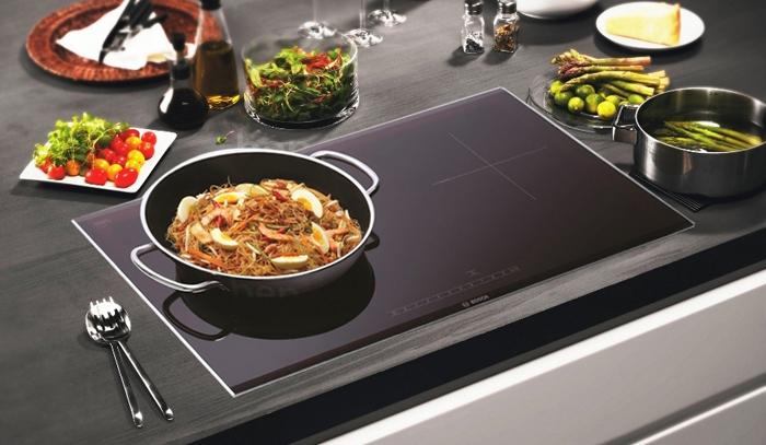 Tư vấn cách khắc phục bếp từ bị hở điện an toàn, nhanh chóng, hiệu quả