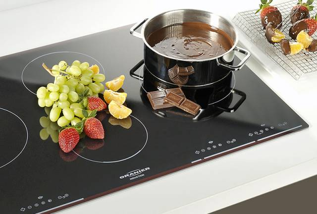 Bếp từ châu Âu có nhiều tính năng tiện ích