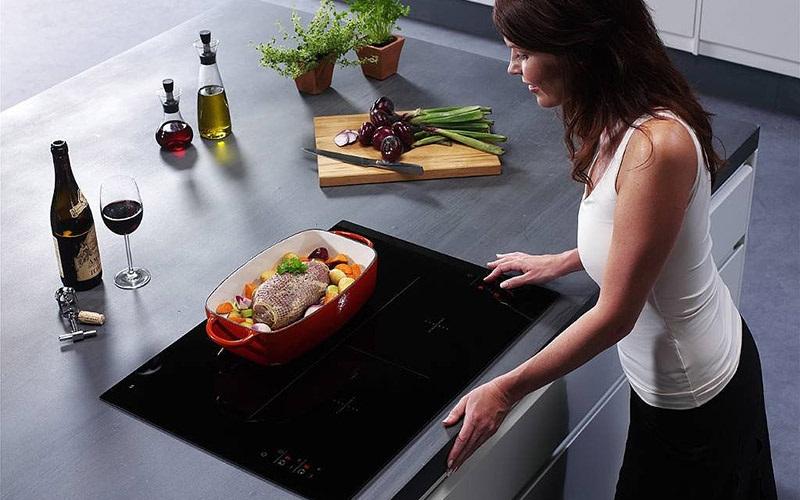 Cân nhắc khi chọn mua bếp từ hay bếp điện từ