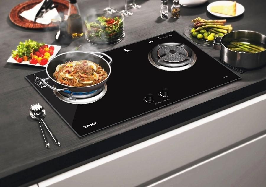 Có nên sử dụng bếp từ để nấu ăn?