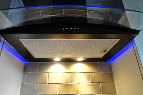 Phân loại hệ thống đèn chiếu sáng của máy hút mùi
