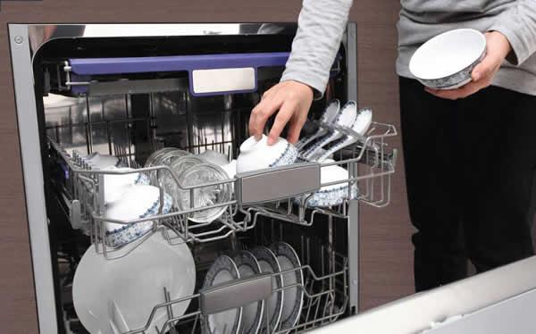 Một Số Lưu Ý Và Cách Sử Dụng Máy Rửa Bát
