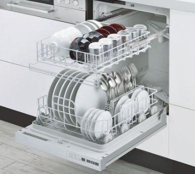 Rửa bát bằng máy rửa bát sạch hơn